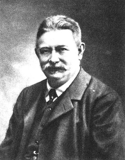 470px-Jakob_Reumann_1853–1925.jpg